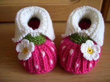 婴儿毛线鞋高帮搭配