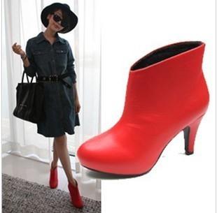 大红色短靴搭配图片