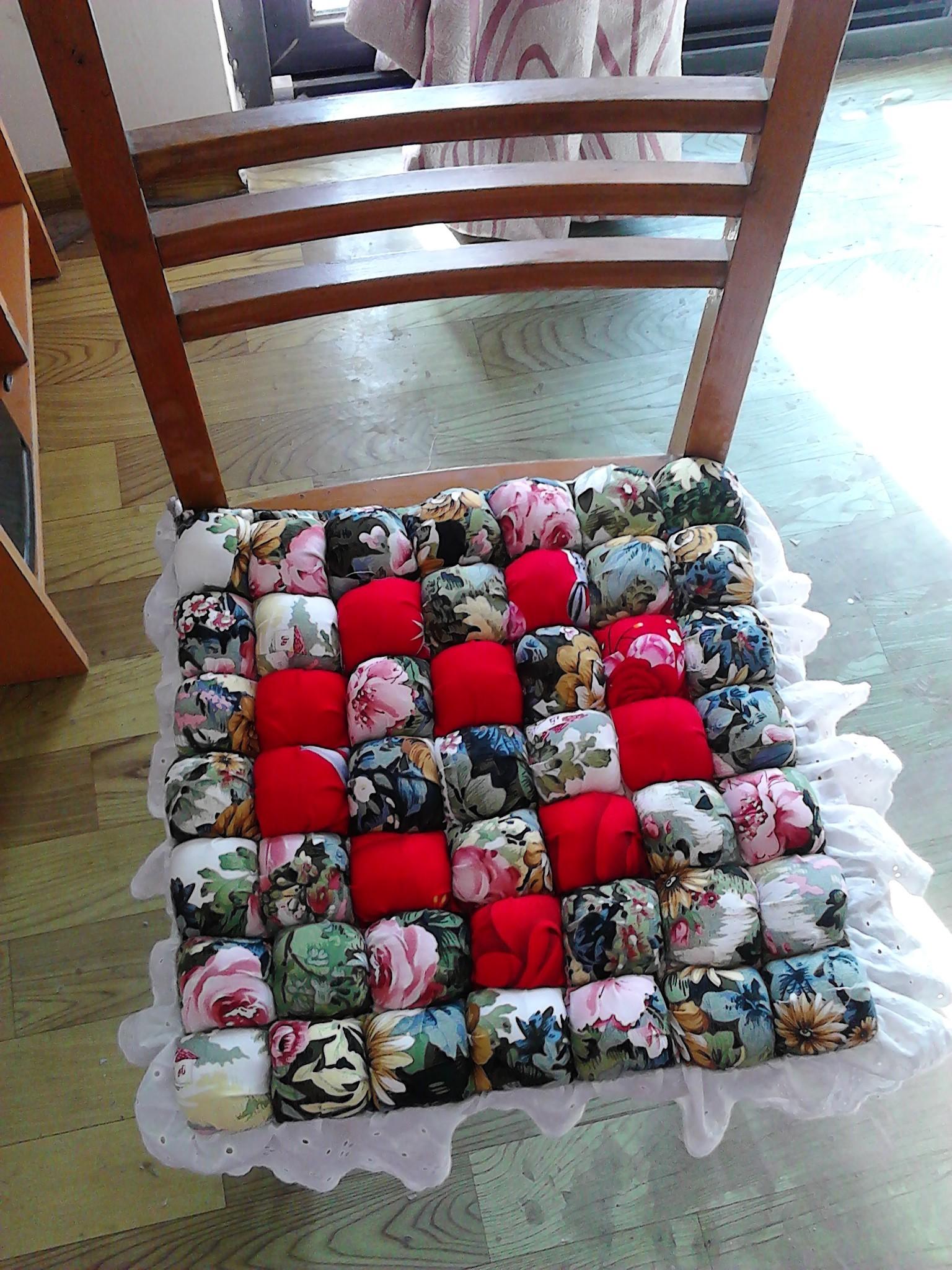 利用废品制作衣服
