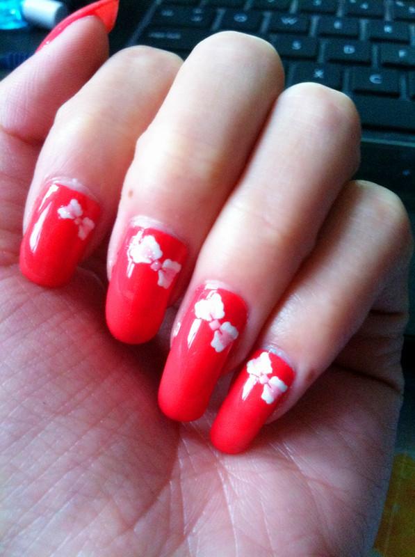 红色欧式指甲