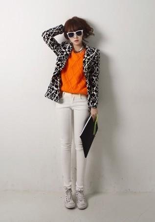 -黑白花纹外套