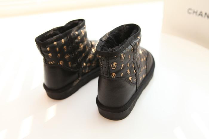 韩版复古花边骷髅头雪地靴