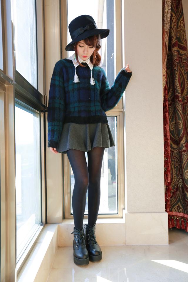 笑笑の私服搭配#苏格兰格子毛衣~~是这个冬天寻到的