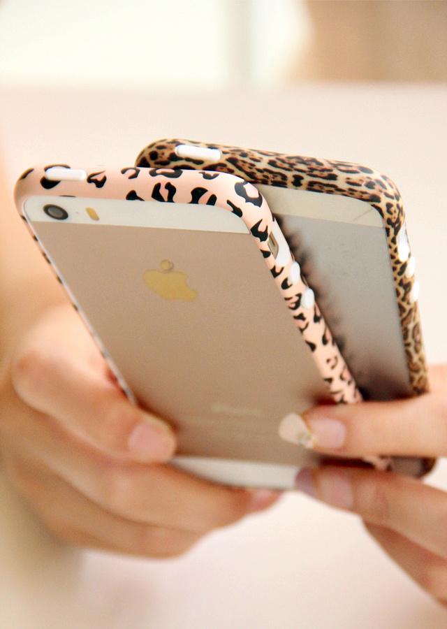 【iphone豹纹边框】-配饰--她的熊数码屋-蘑菇街优店