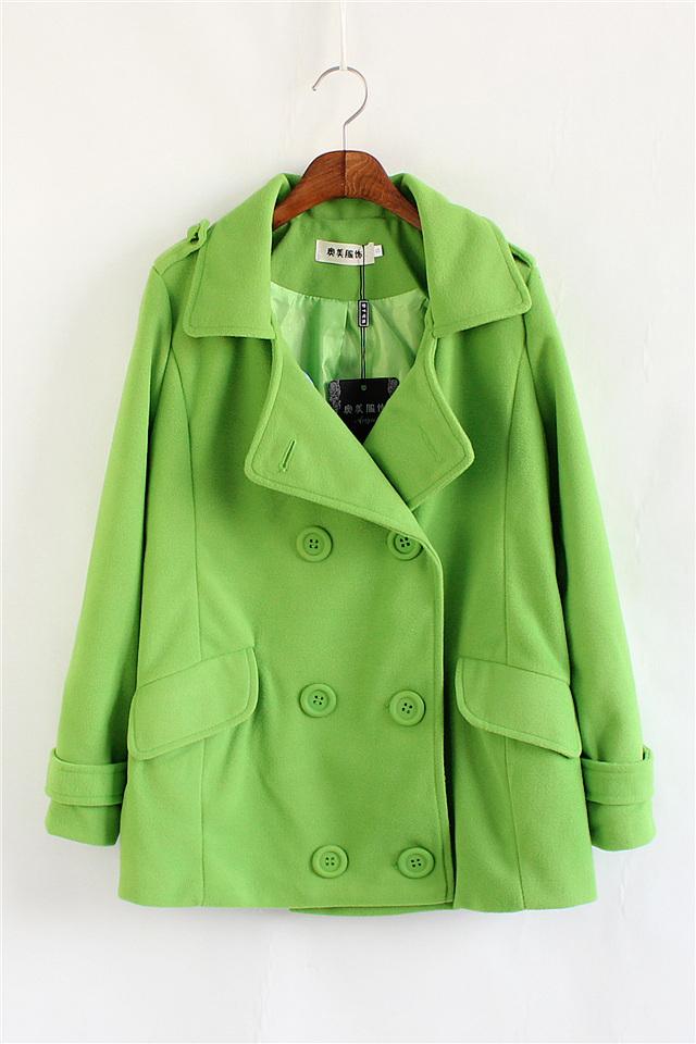 果绿色毛呢外套