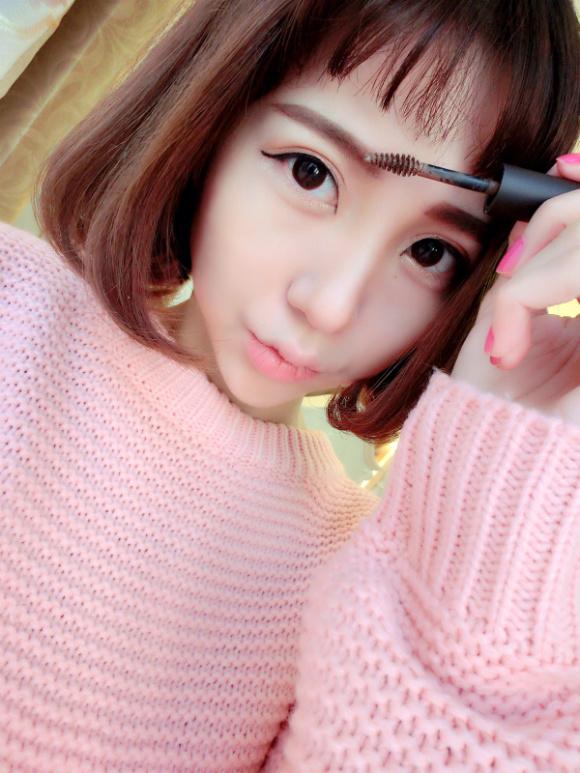 抚擦小姐_花娜小姐miss hana 花娜小姐圣诞麋鹿妆容