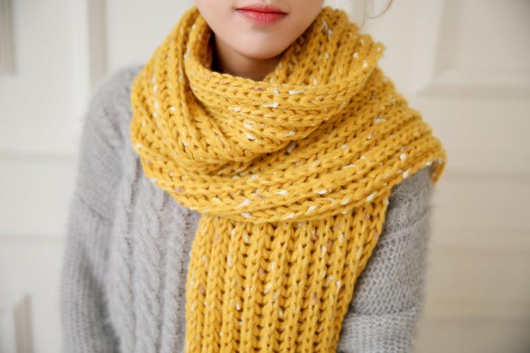 尺码材质 size 材质:毛线   形状:长方形  围巾长度:175cm-230cm