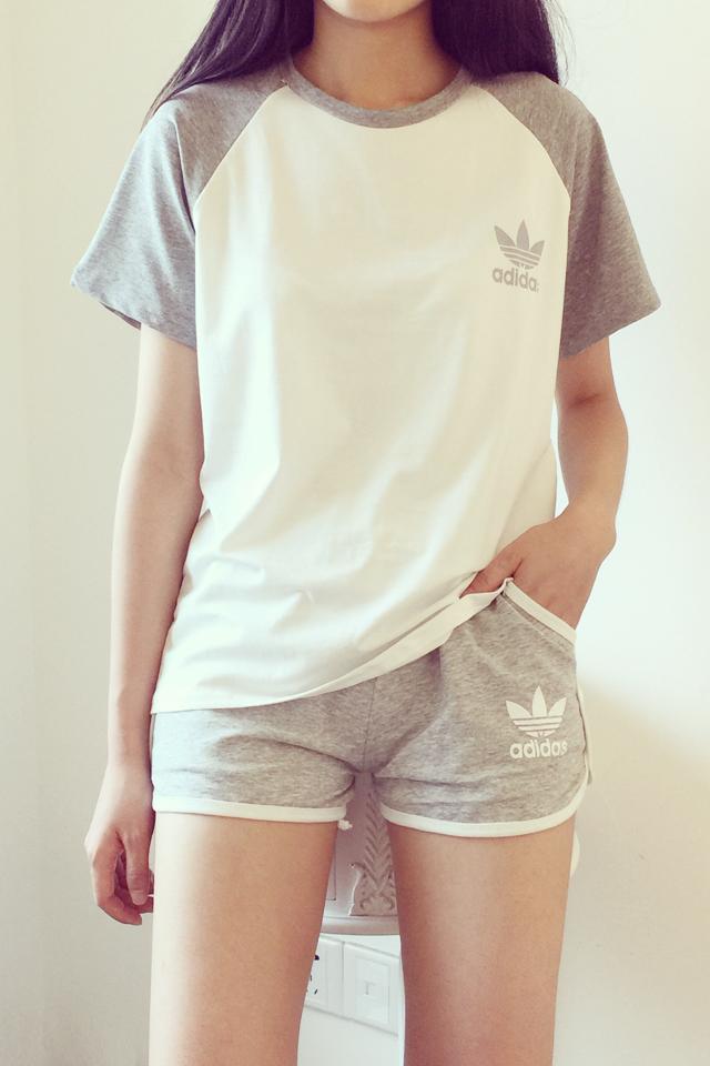 休闲t恤+短裤运动套装