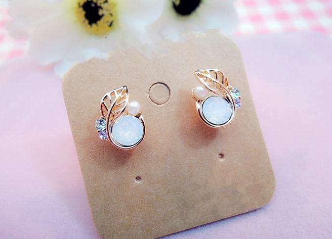 时尚新款韩式水晶钻清新小树叶耳